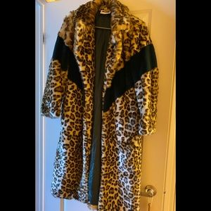 Dinora Italian Made  Leopard Coat!